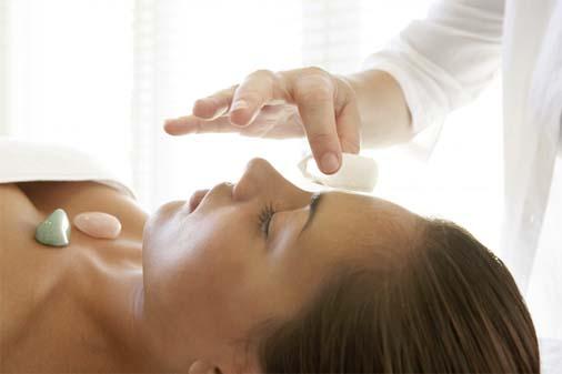 Cristaloterapia: una terapia alternativa con piedras que regulan nuestro estado energético