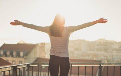 Químicos de la felicidad y terapias alternativas: cómo los hábitos espirituales generan felicidad