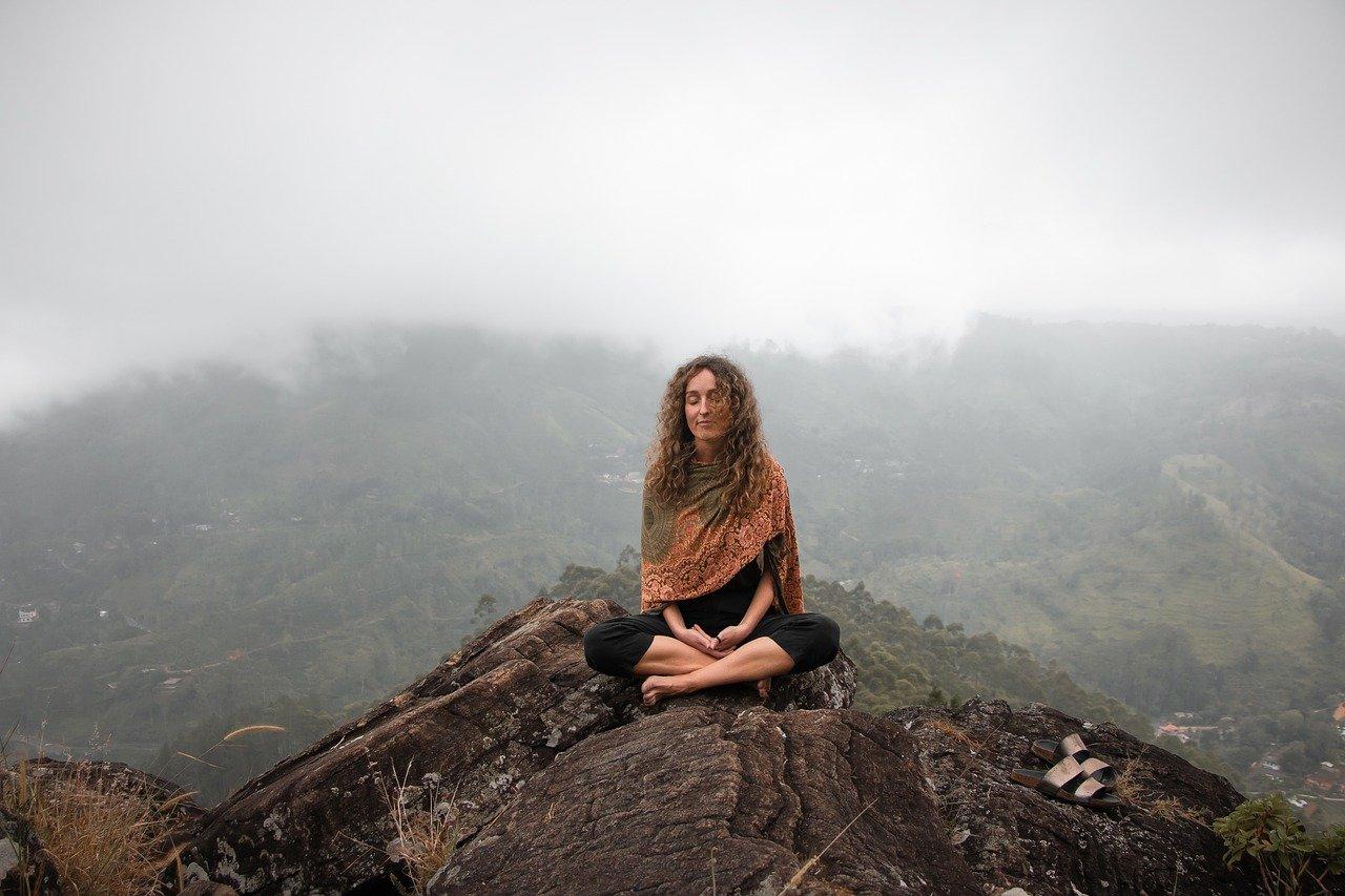 meditar en soledad