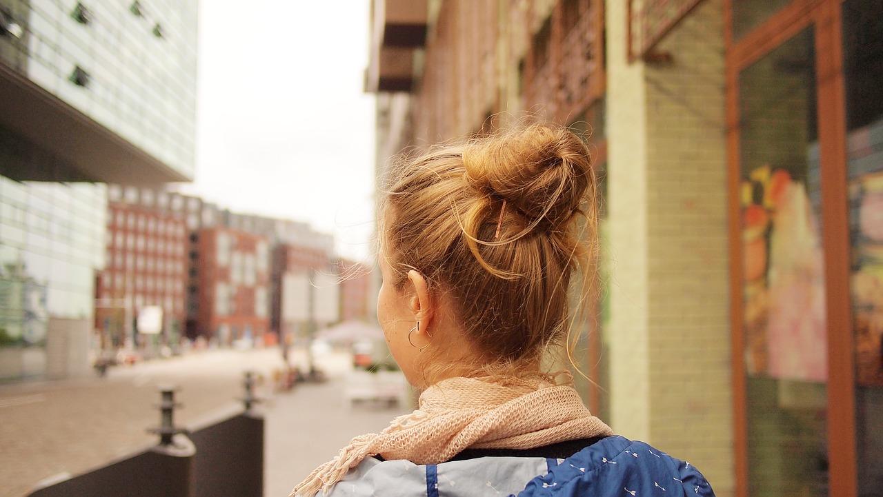 caminata consciente en solitario